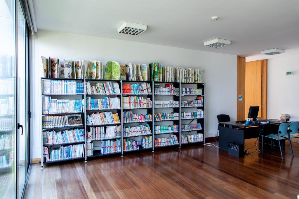 16 - Biblioteca de Argoncilhe (6)